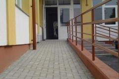 akadalymentes_a_bejaras_a_foldszintre